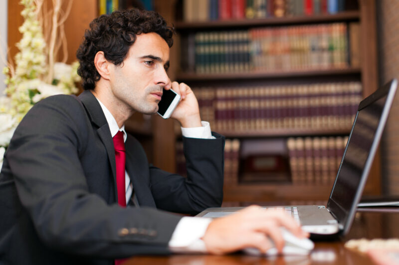 Top 5 Factors to Consider When Selecting Personal Injury Attorneys
