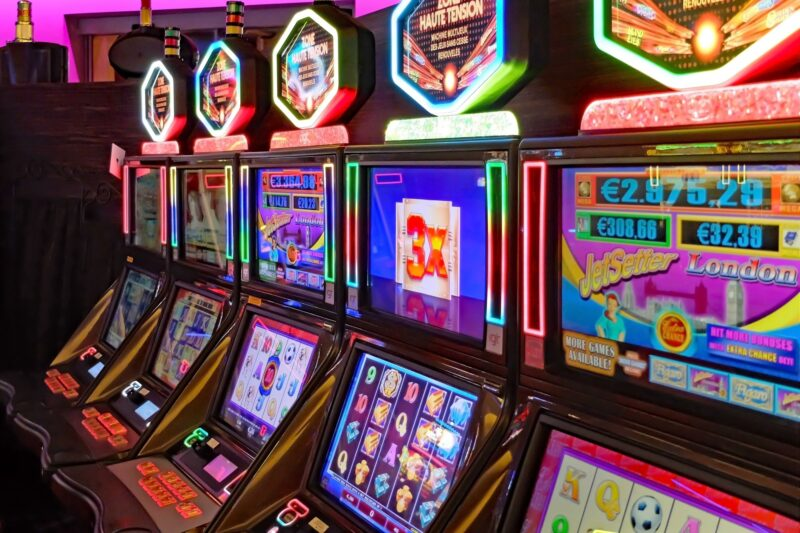 Gambling can be a fun way to make money when you know what you're doing. This comprehensive guide will teach you how to win at slots.